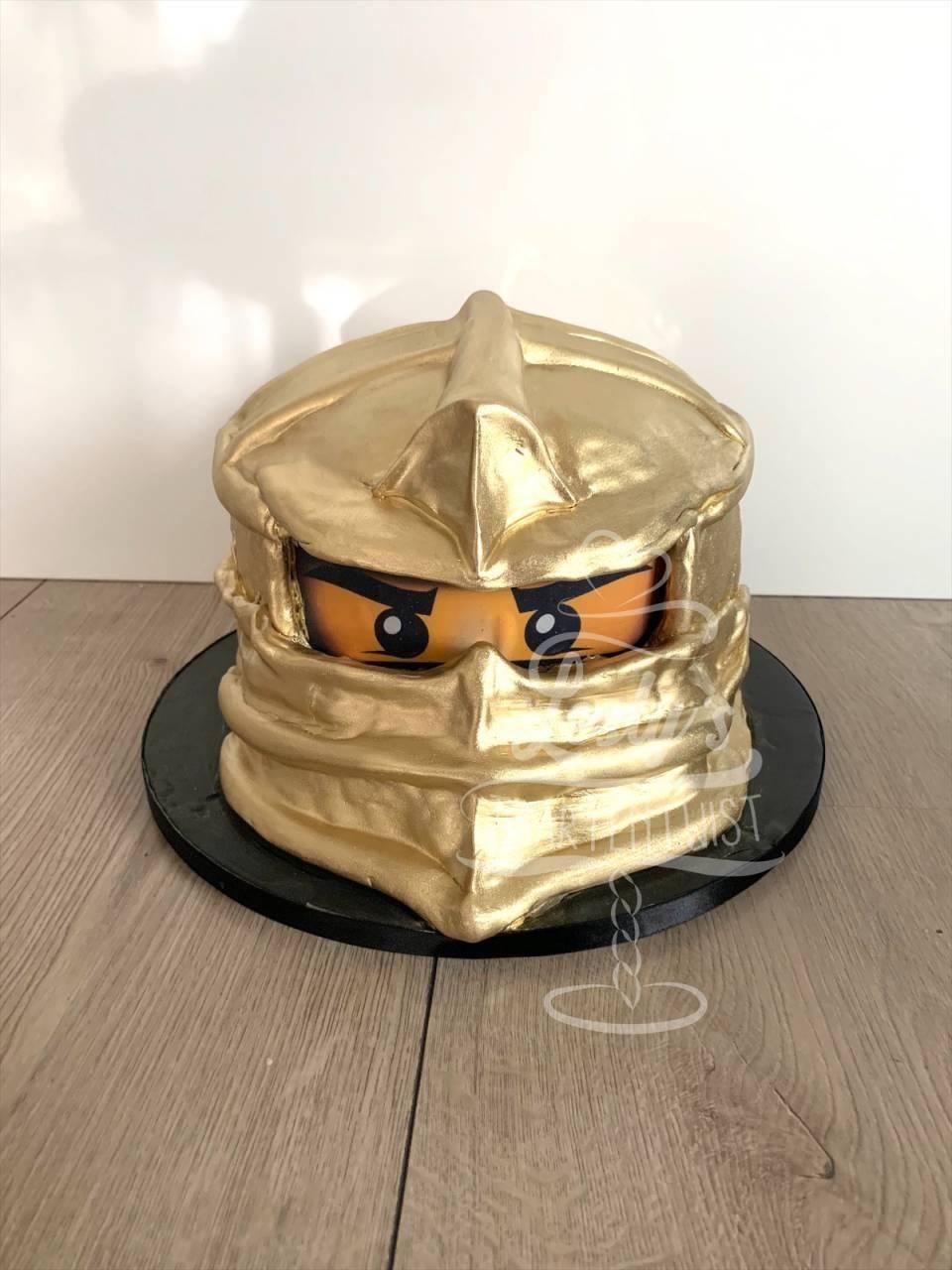 3-d-ninjago-gold-cake