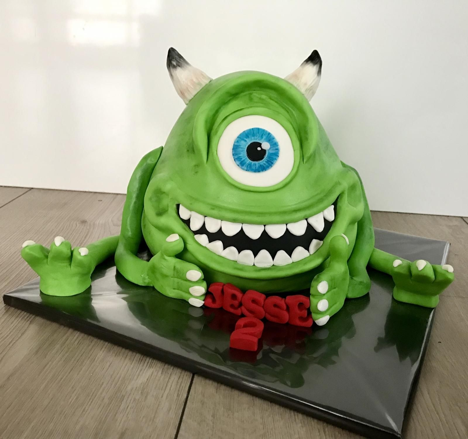 monster and co cake