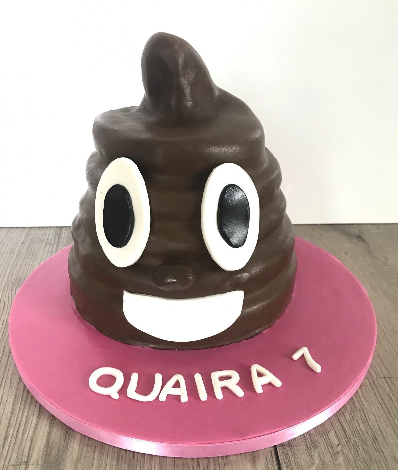 poop emojicake 2