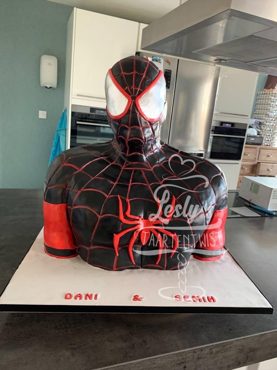 spiderman-3d-cake