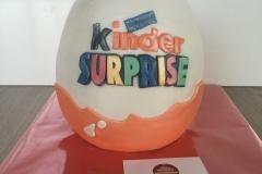 surprise ei taart
