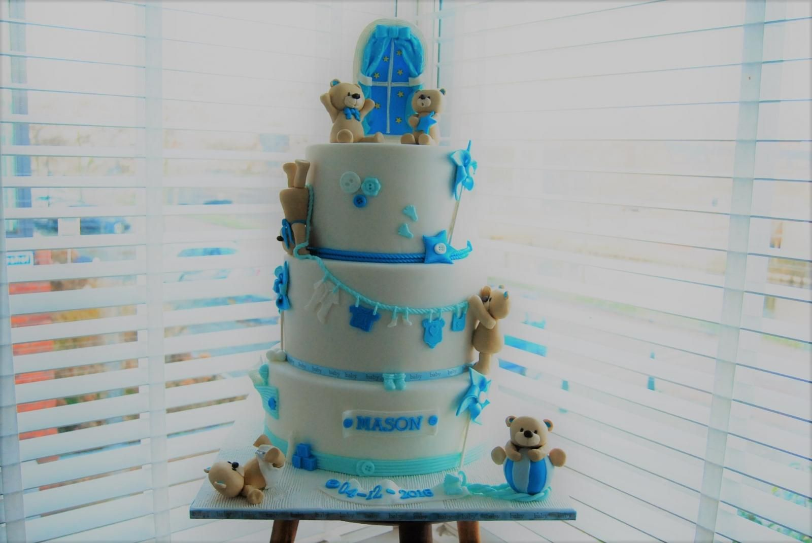baby shower boy bear cake