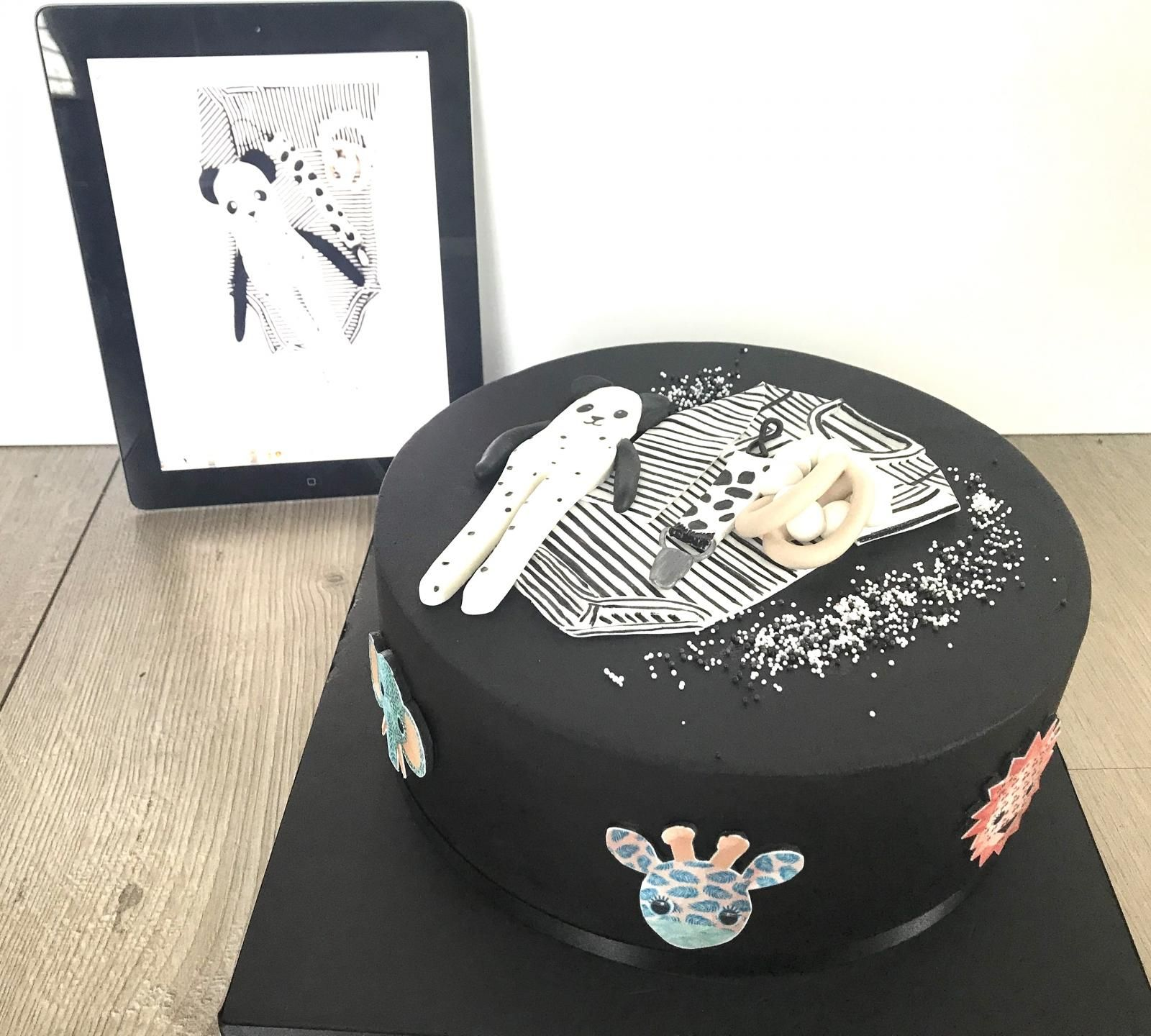 special designed babyshowercake