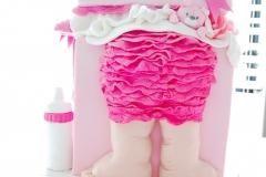 baby in the box cake girl