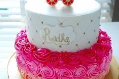 babyshower cake little girl