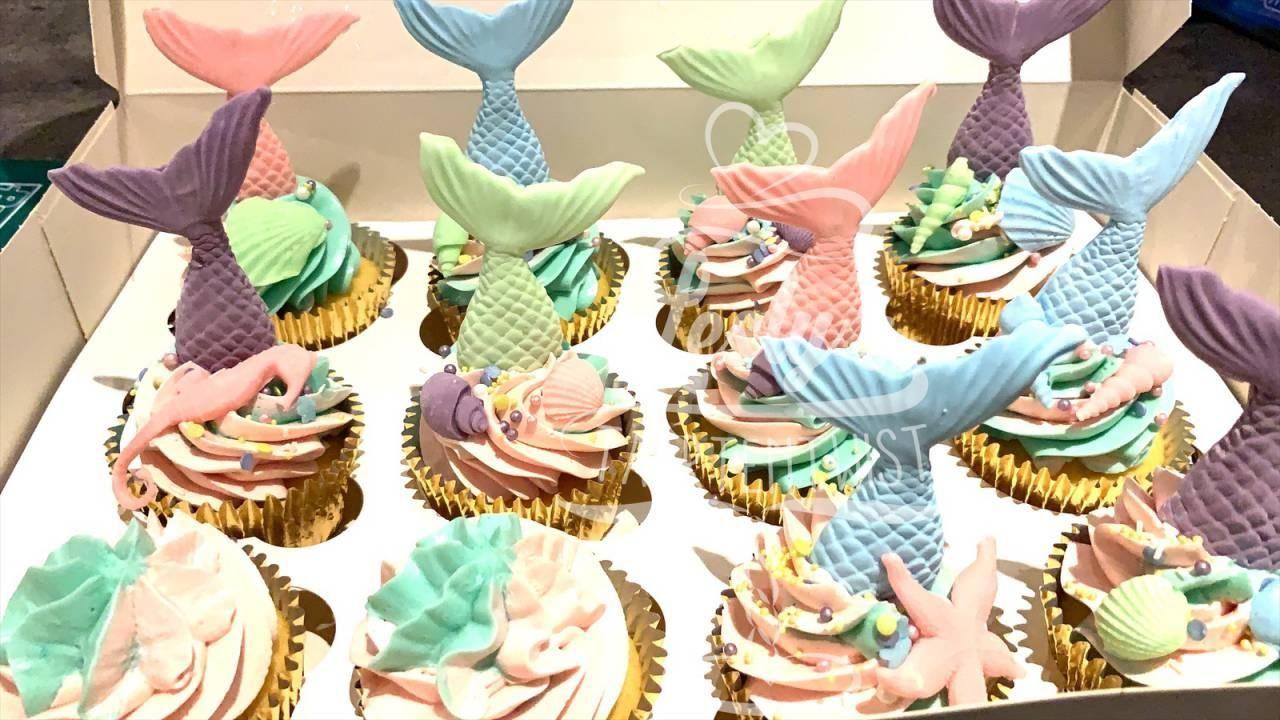 2_mermaid-cupcakes