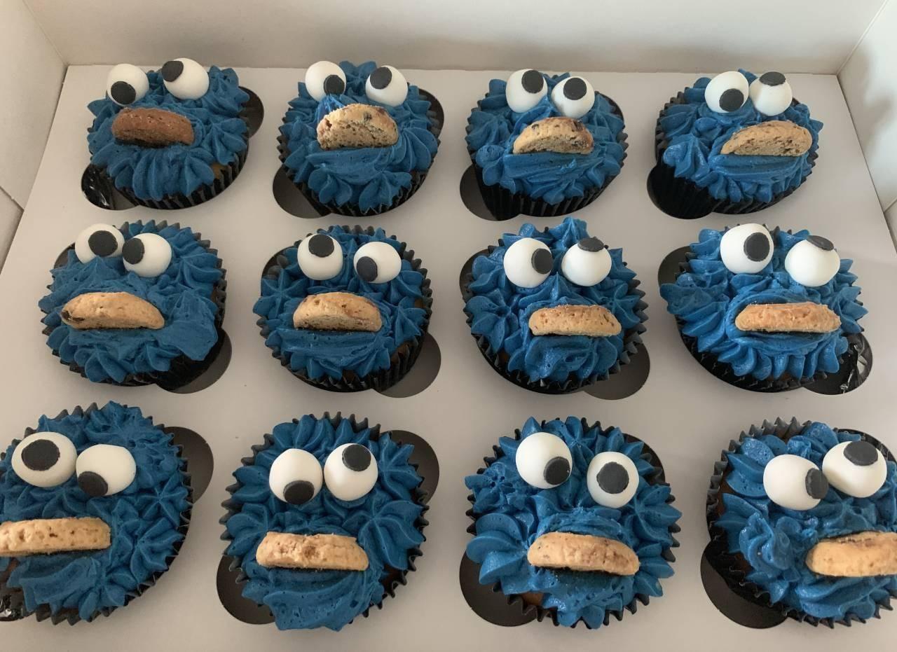 cookiemonster-cupcake