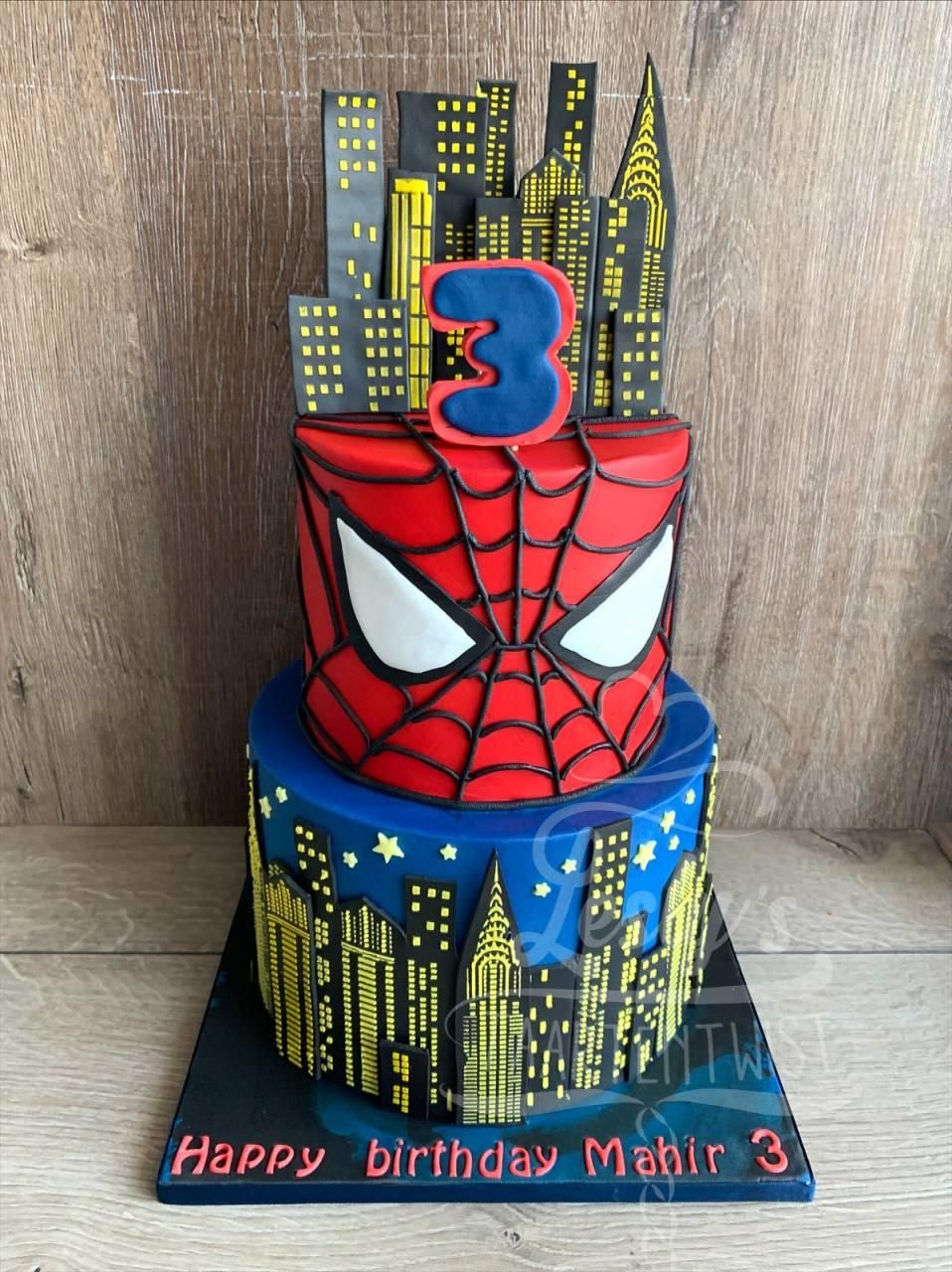 1_spiderman-cake
