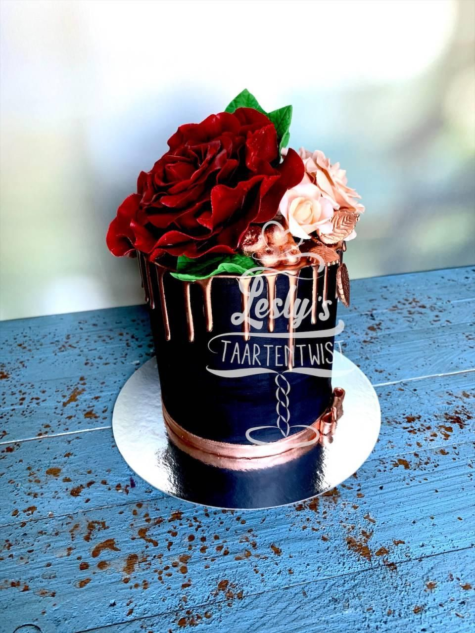 black-and-rose-cake