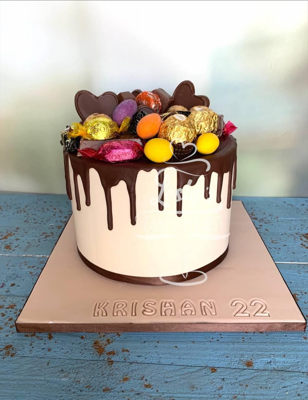 drip-cake-pure-chocolate
