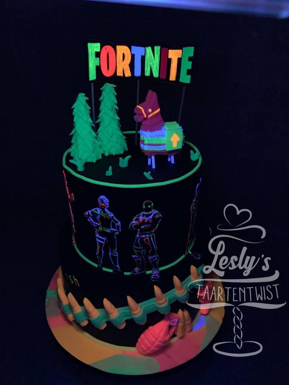 glow in the dark fortnite