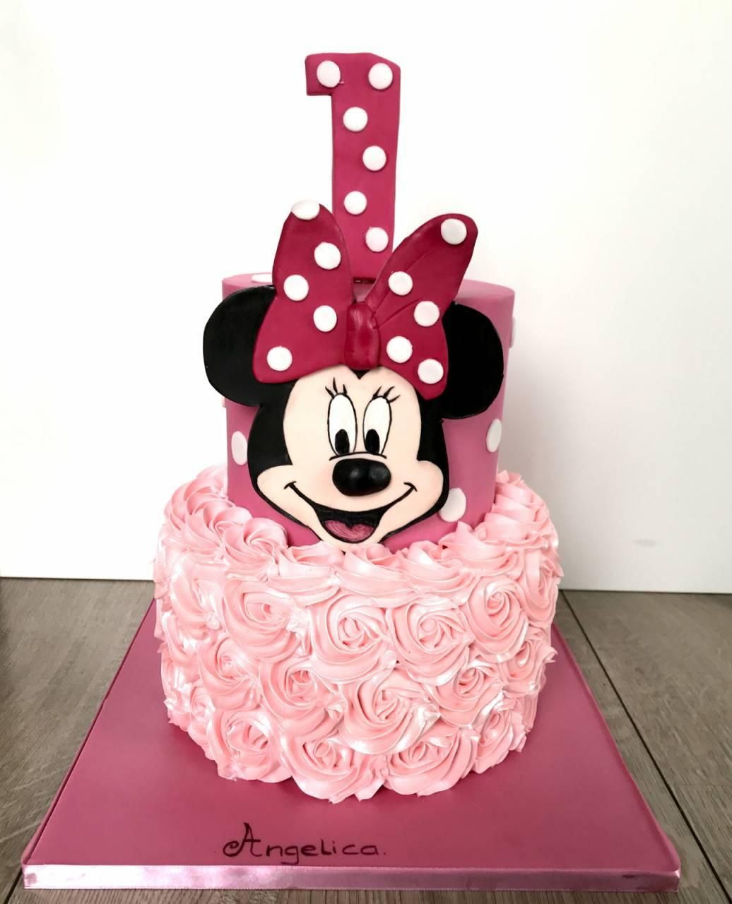 minnie mouse cake minnie mouse taart