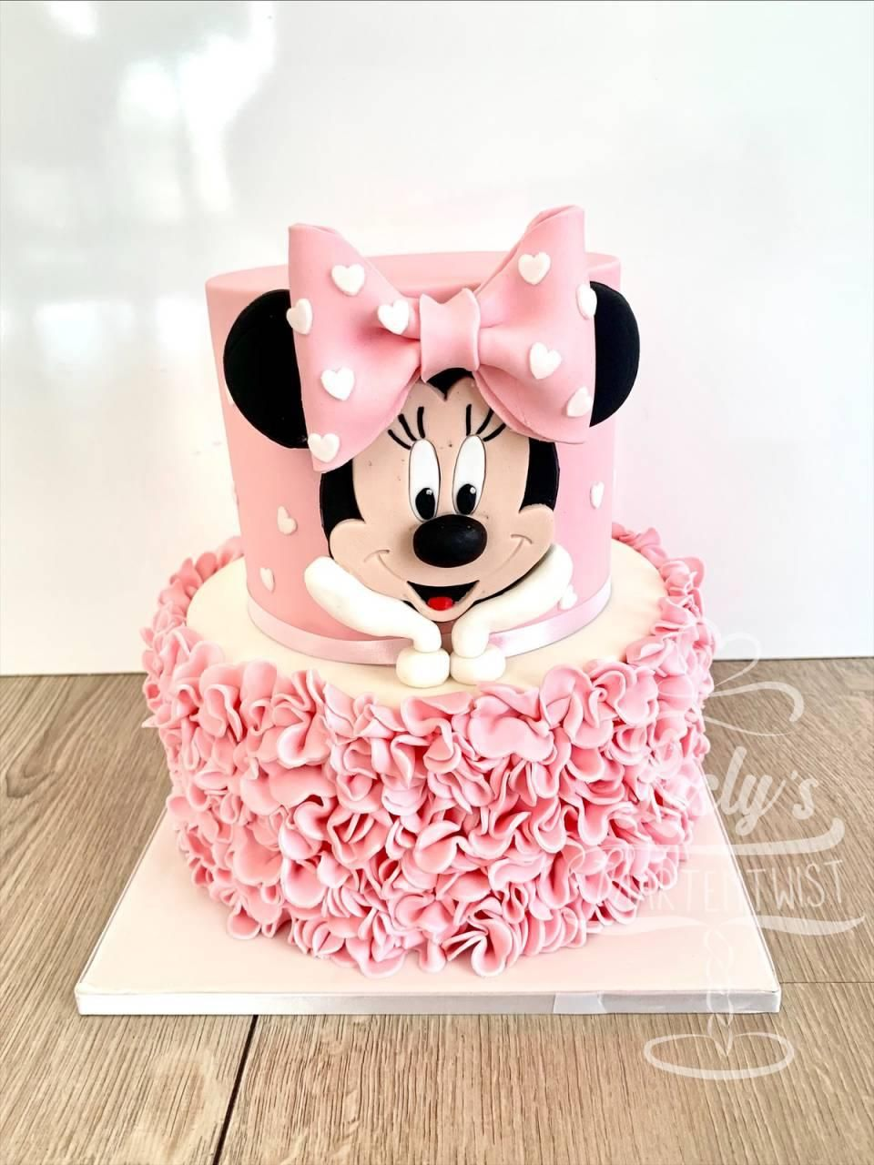 minnie mouse cake pink