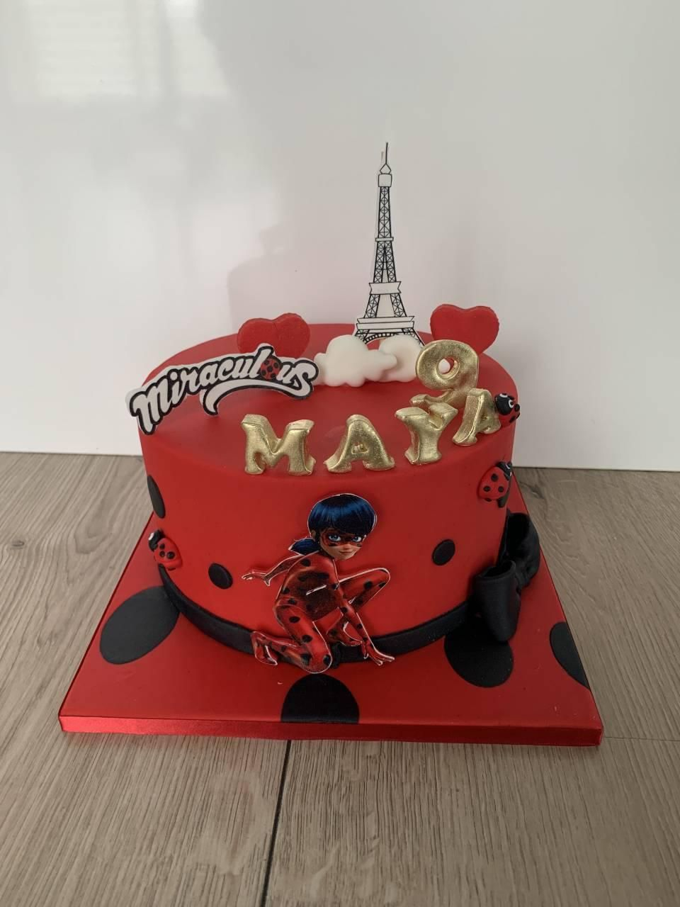 miraculous-lady-bug-cake