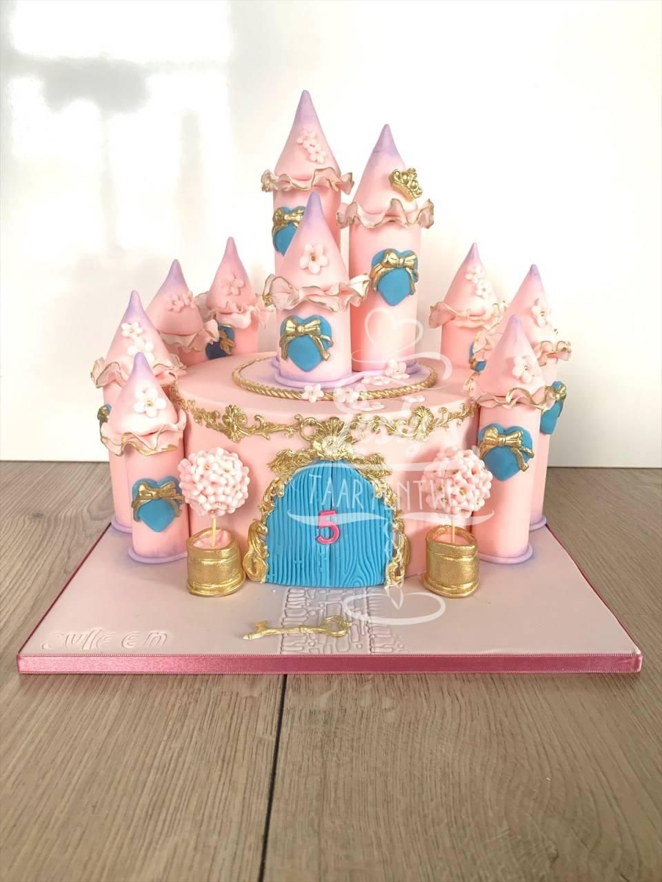 pincess-castle-cake