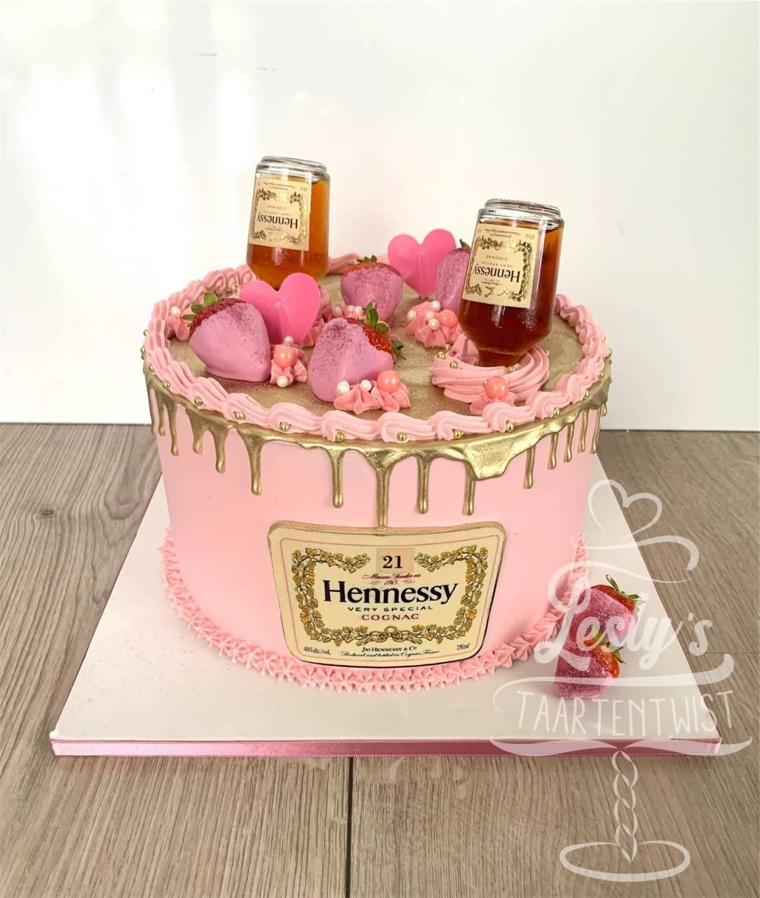 pink-and-gold-dripcake