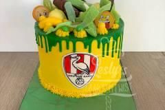 yellow-and-green-cake