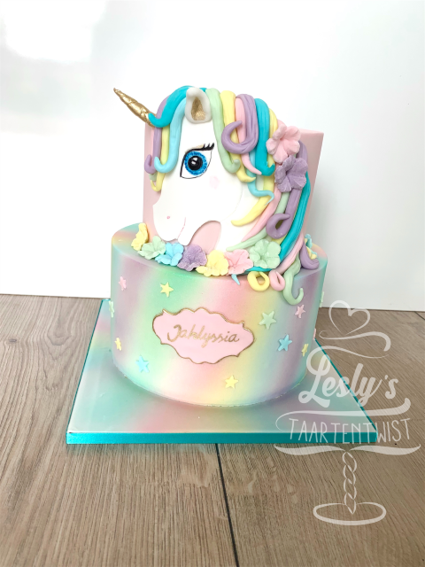 unicorn-cake-airbrush