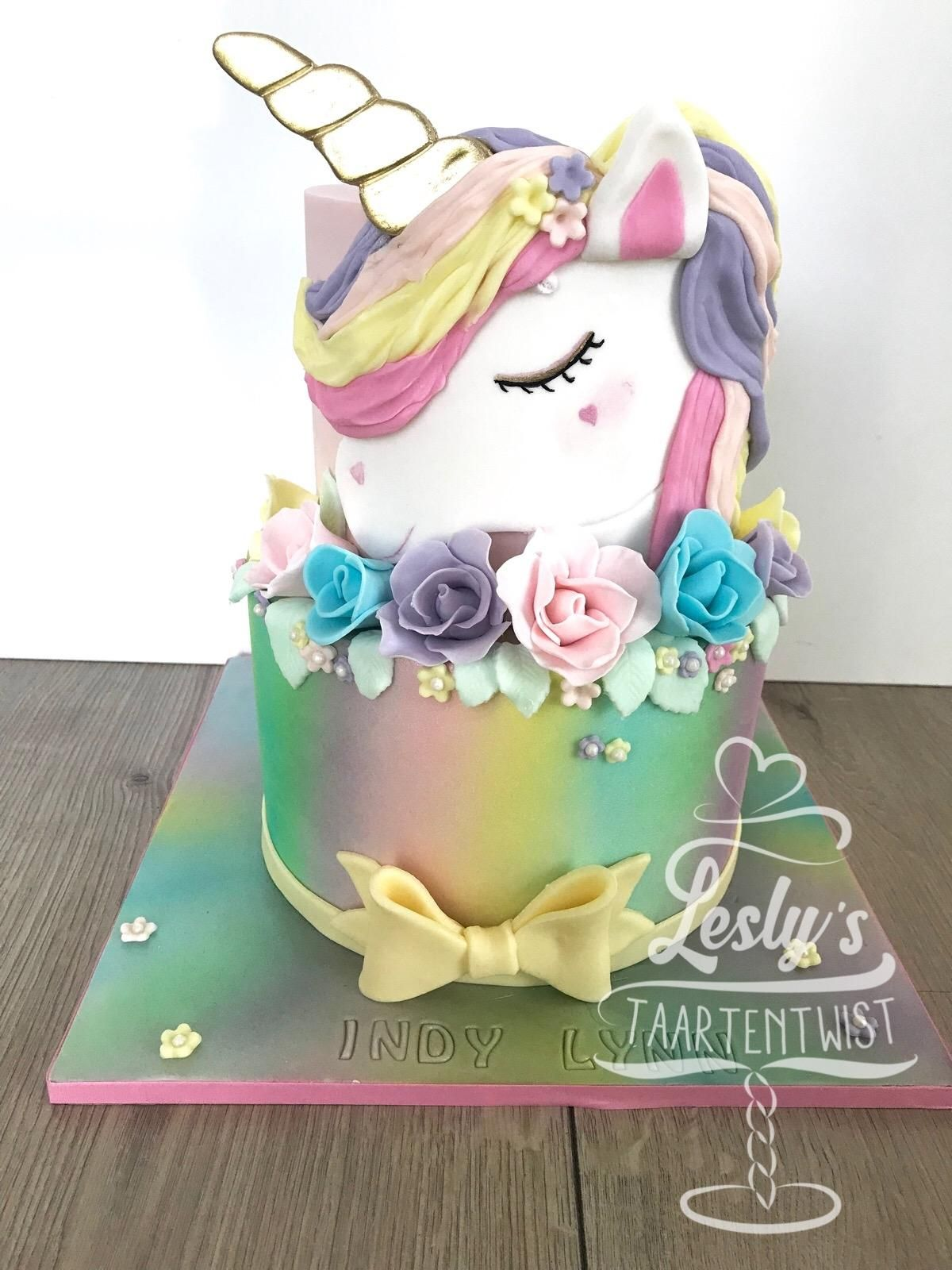 unicorn rainbow cake2